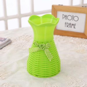 Plastic Green Vase for home Decor (1 Piece)
