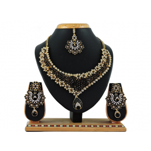 Generic Women's Alloy Necklace set (Black)