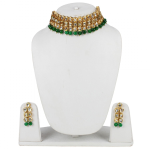 Elegant Gold Plated Bollywood Inspired Green Traditional Kundan Necklace Set