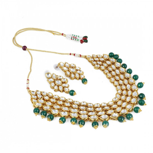 Green Stone Kundan Necklace With Earrings