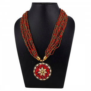 Designer Pendant Beads Necklace