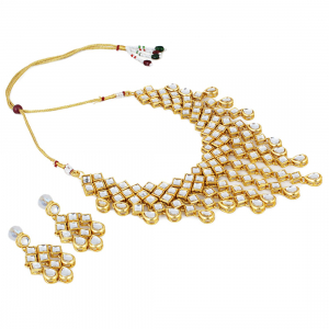 Gold Plated Drop Design Kundan Necklace Set with Earrings